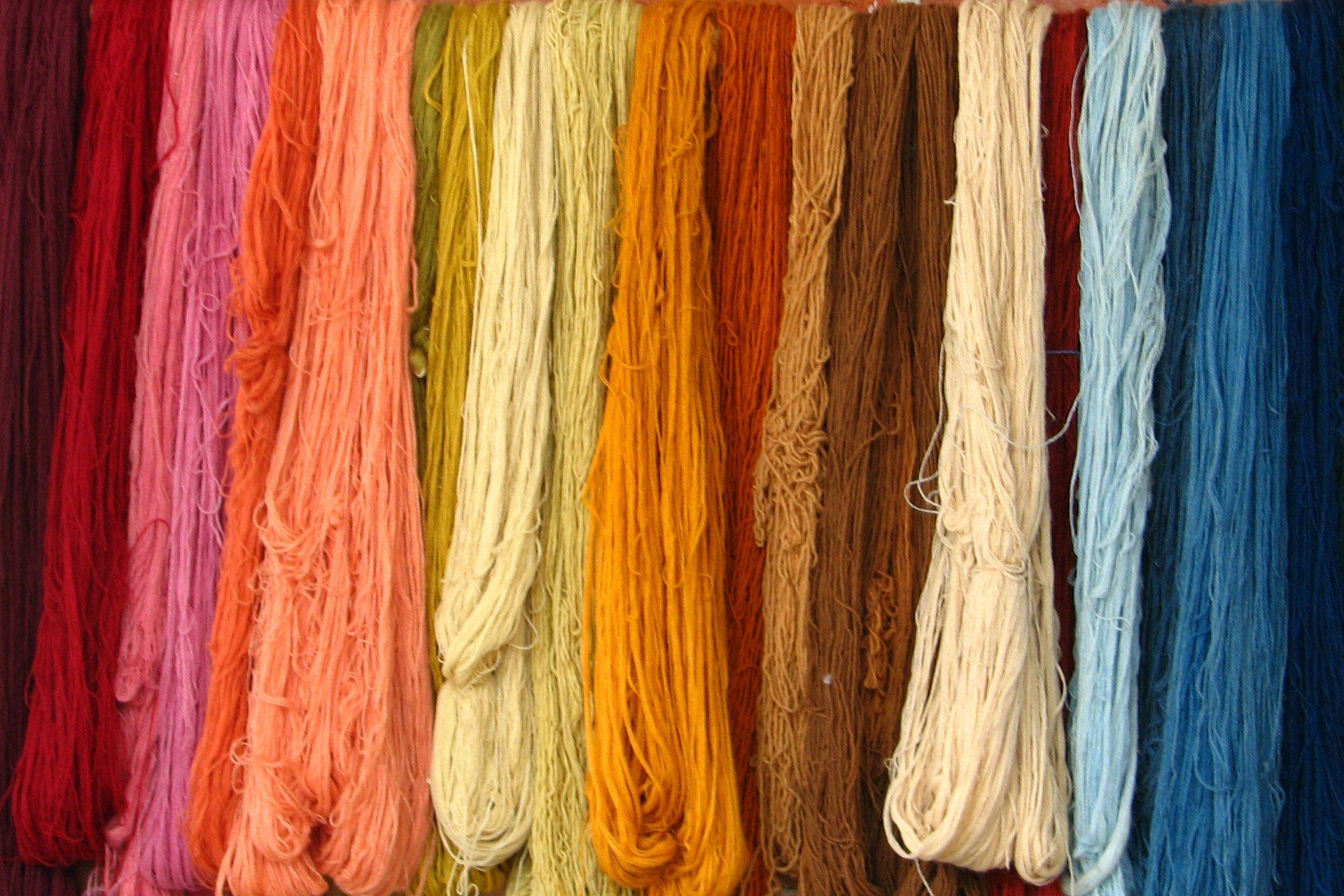 multi-colored-laces-1571577